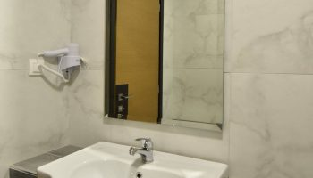 Hotel Dafni Plus Room Toilet